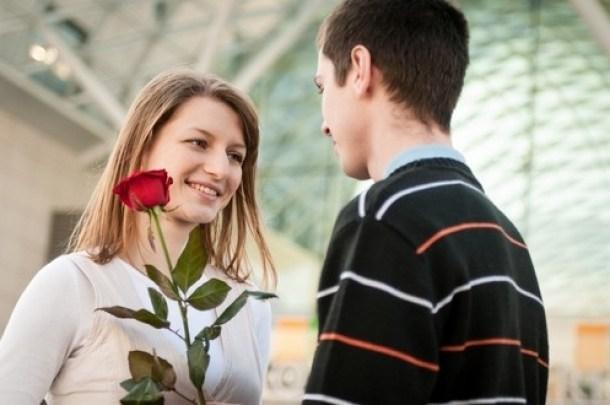 صورة كيف تخلي البنت تحبك , ماهى طرق التى تجعل الفتاه تقع فى غرامي