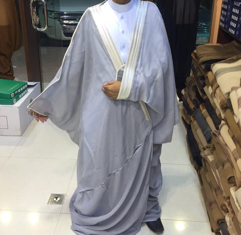 صورة طريقة لبس البشت , كيفيه ارتداء العباءه الرجالى