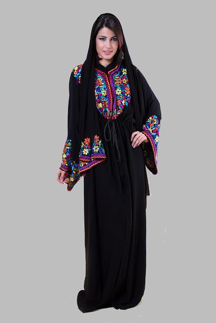 صورة عبايات خروج ملونة مصرية , اجمل عبايات فى مصر