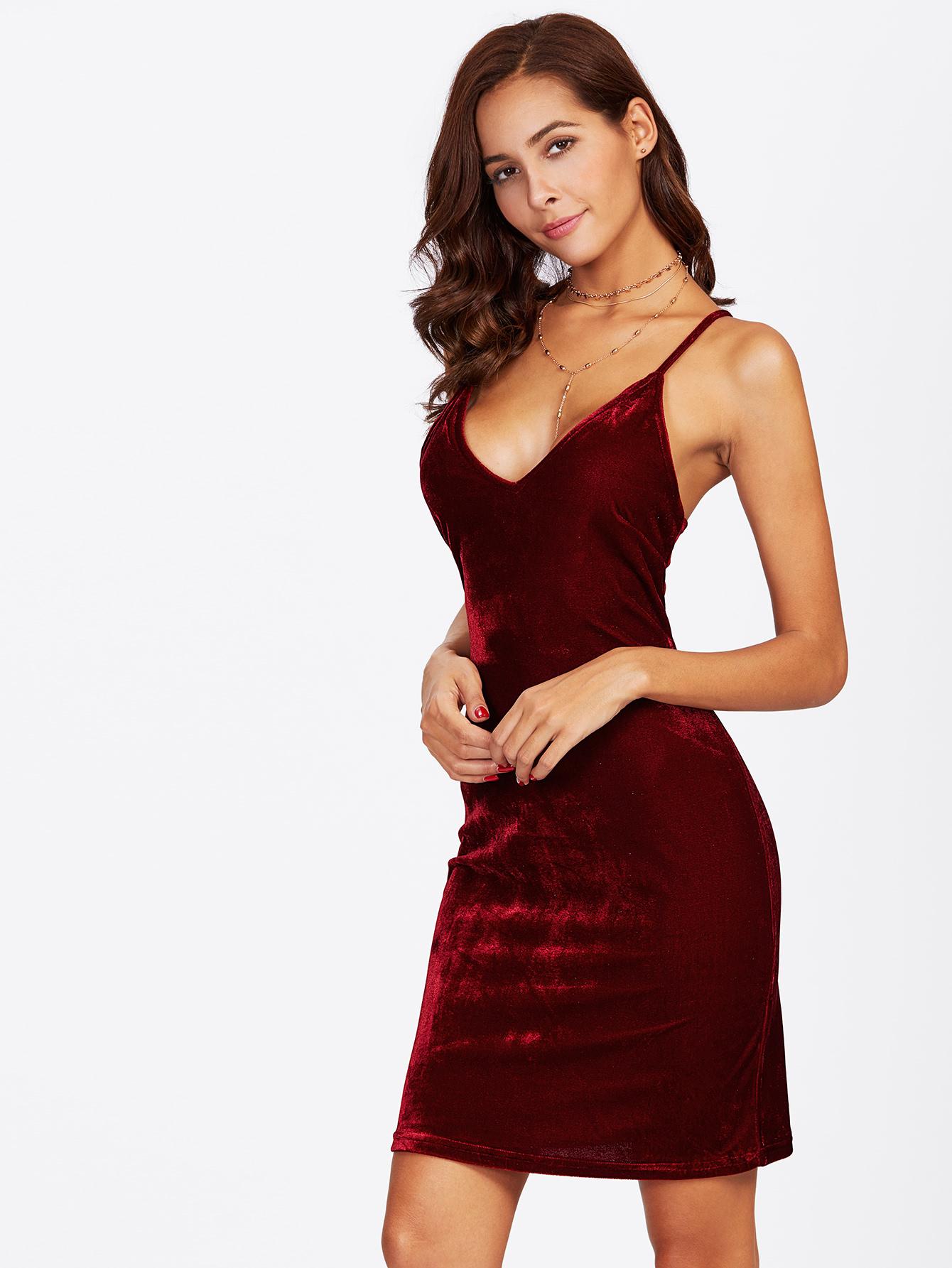 صورة فستان مخمل , اجمل فساتين شتوية ستراها