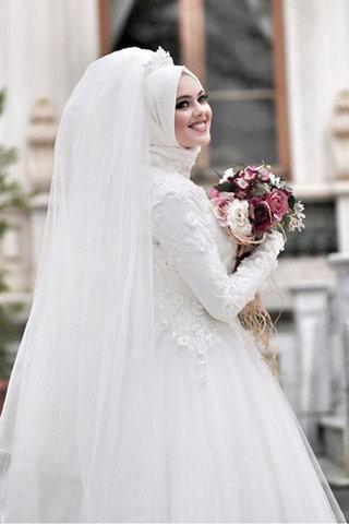 بالصور فساتين زفاف محجبات , فساتين افراح 2019 3949 3