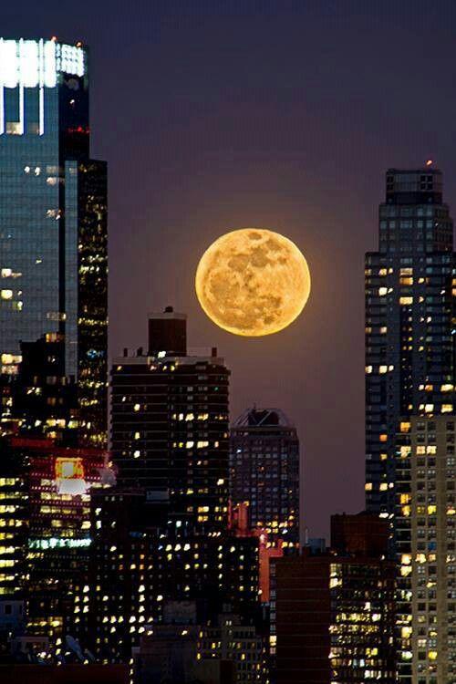 بالصور صور عن القمر , صور رائعه عن جمال القمر 4658 12