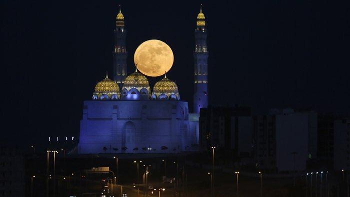 بالصور صور عن القمر , صور رائعه عن جمال القمر 4658 15
