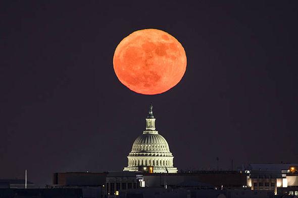 بالصور صور عن القمر , صور رائعه عن جمال القمر 4658 8