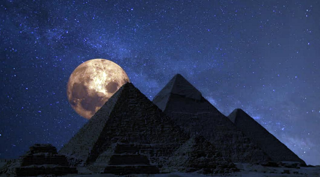 بالصور صور عن القمر , صور رائعه عن جمال القمر 4658 9