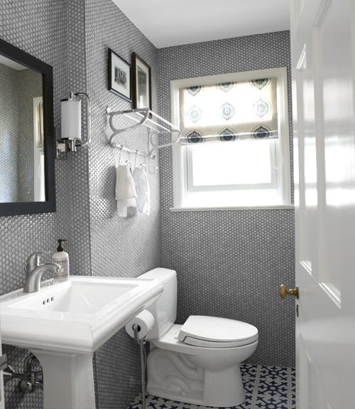 بالصور ديكورات حمامات صغيرة جدا وبسيطة , ديكورات رائعه لحمامات مساحتها صغيره 4510 13