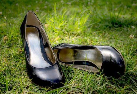 بالصور الحذاء في المنام للمتزوجة , تفسير حلم رؤية الحذاء في المنام 1815