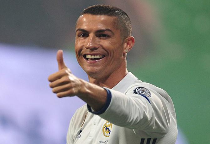 بالصور صوركرستيانو , افضل لاعب في العالم 425 8