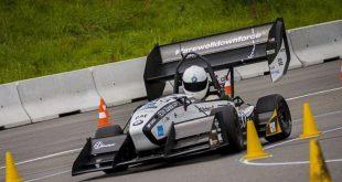 بالصور سيارات سباق , صور لسباق سيارات حققت رقم قياسى 4854 12 310x165