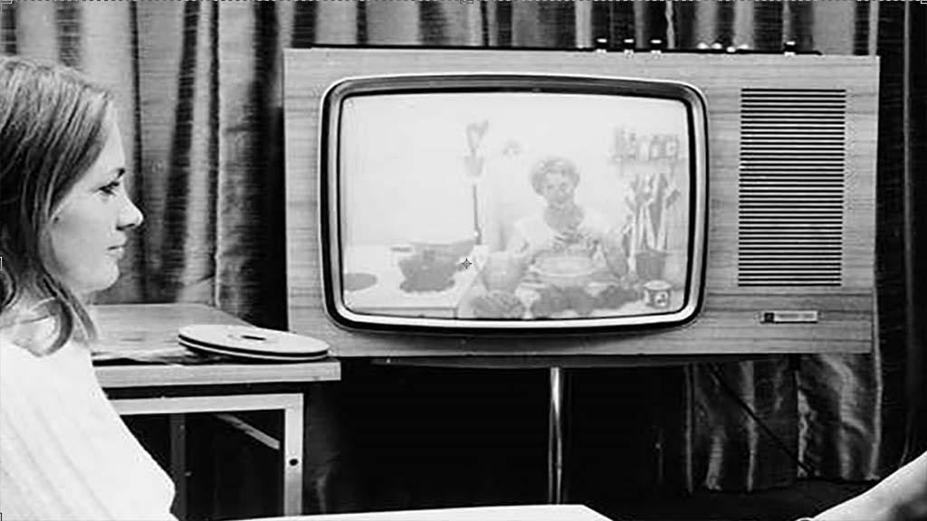 بالصور من اخترع التلفاز , شكر وعرفان لجون لوجي بيرد 612 10