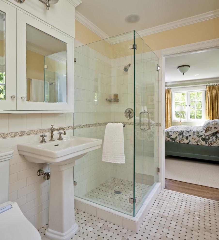بالصور حمامات داخل غرف النوم , ما يجب ان تحتويه غرف النوم 579 17