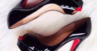 تمزق الحذاء في المنام , تفسير حلم الحذاء