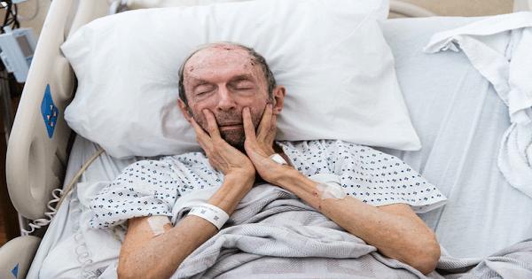 صور تفسير رؤية الميت يشتكي من ظهره , مرض الميت في المنام