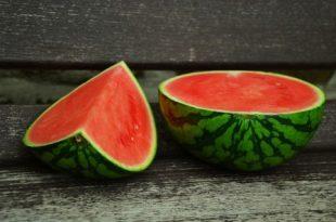 صور اكل البطيخ الاحمر في المنام , تفسير حلم البطيخ
