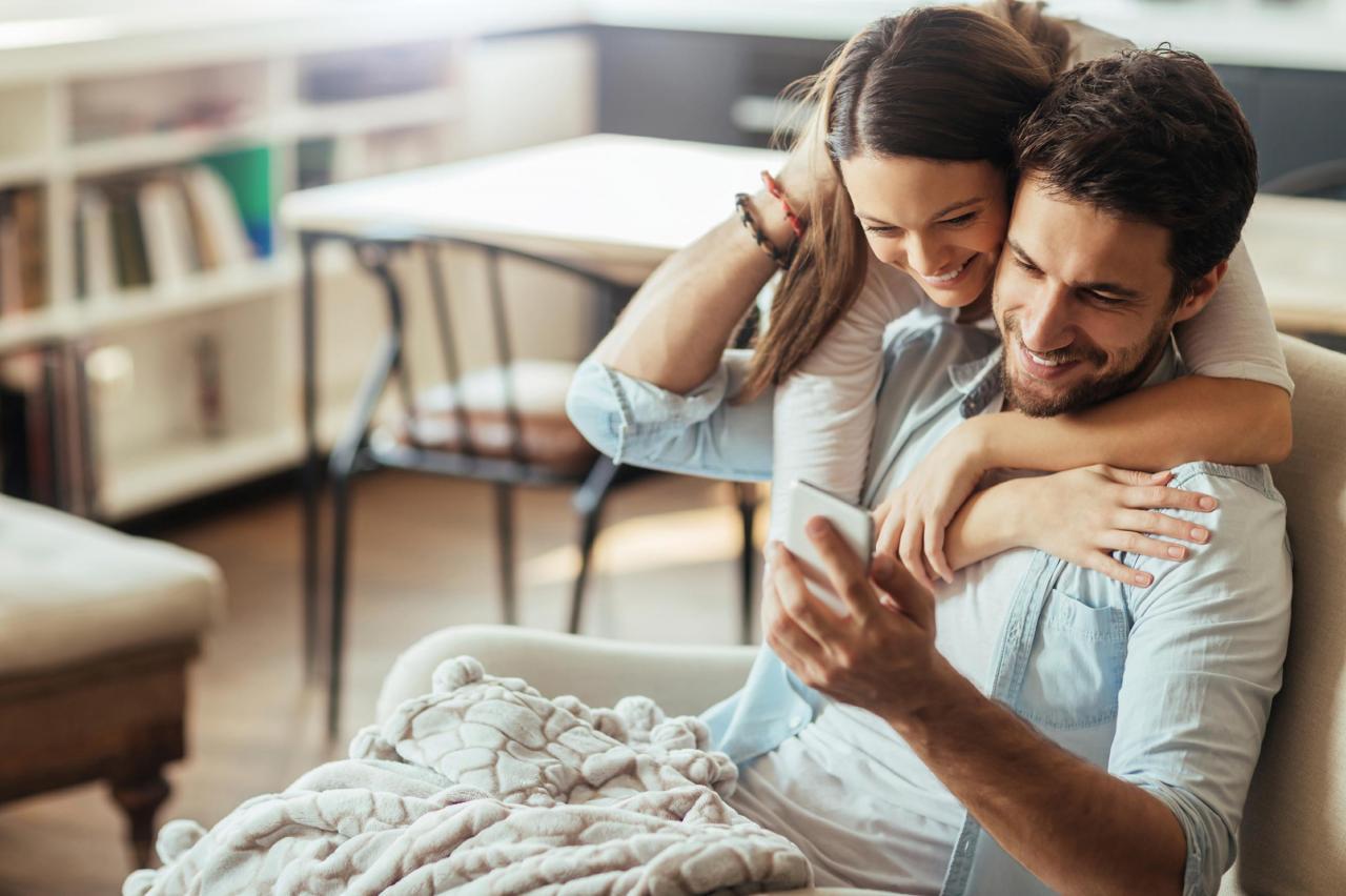 صورة كيف ادلع زوجي , طريقه تدليل زوجك